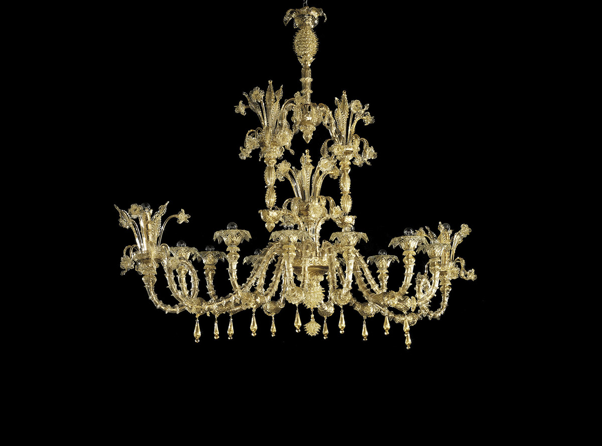 C-1950_12-traditional-venetian-chandeliers