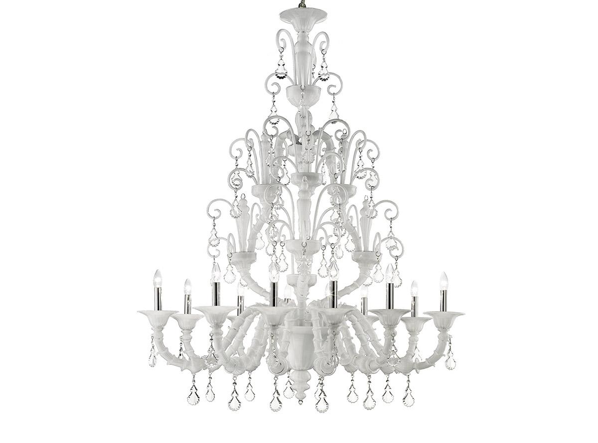 C-1980_12-traditional-venetian-chandeliers