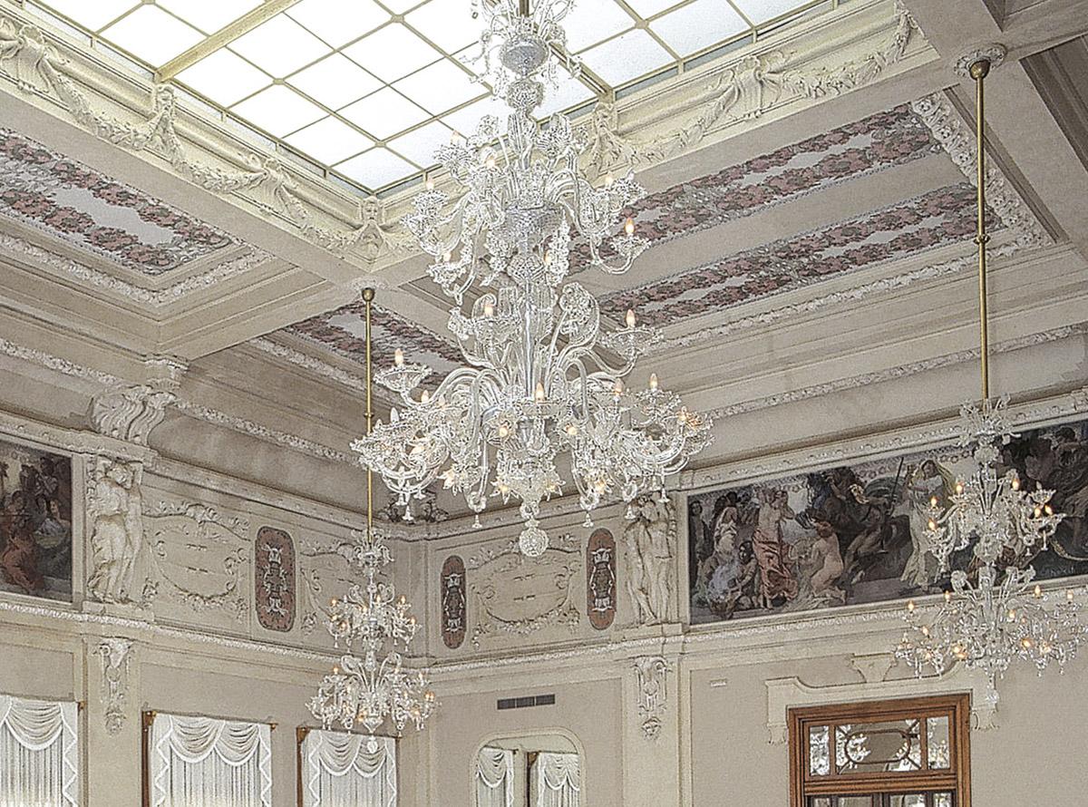 C-Forte7_42-traditional-venetian-chandeliers