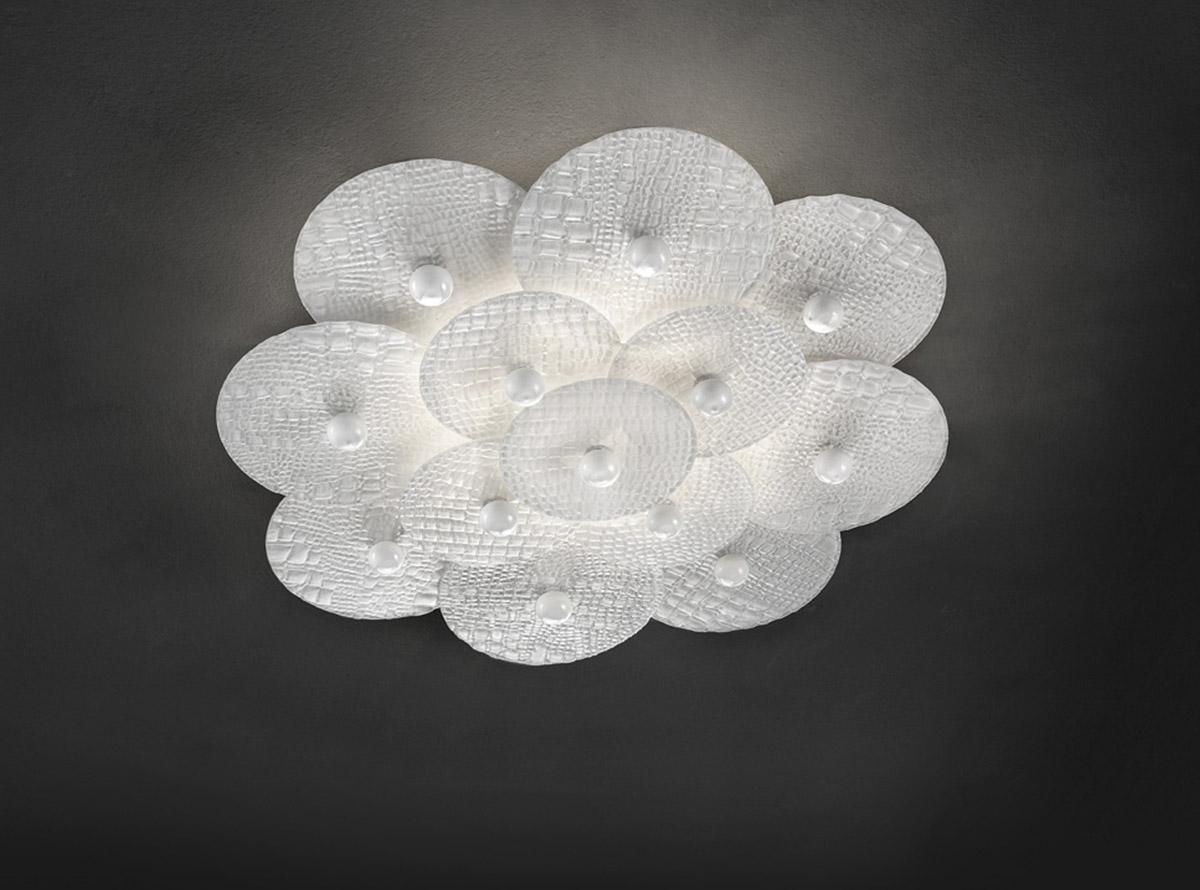 glass-light-sculptures-habitat-creative-round-37001_D