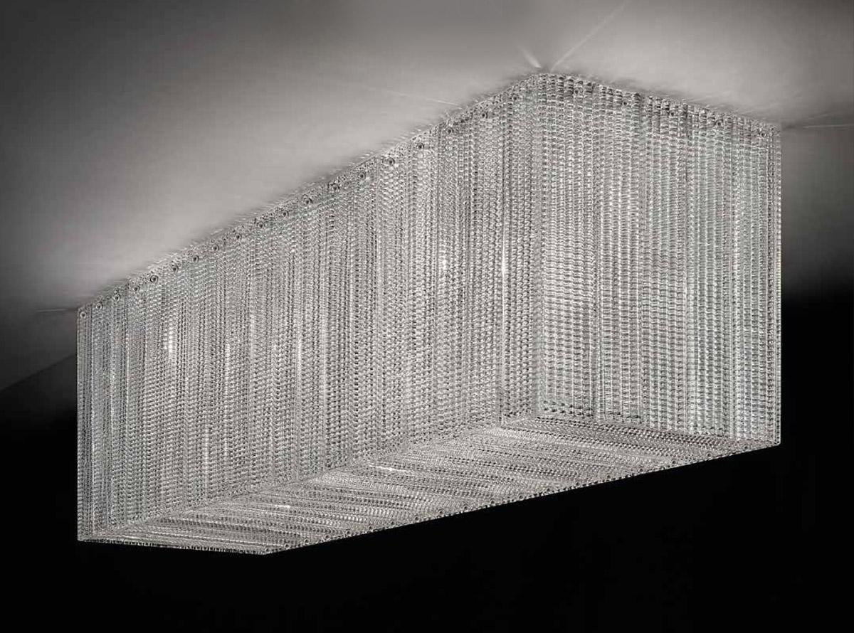 italian-art-glass-chandeliers-reflection_580p